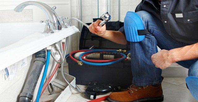 اصلاح تسربات المياه ومعالجة تسربات المياه للخزانات