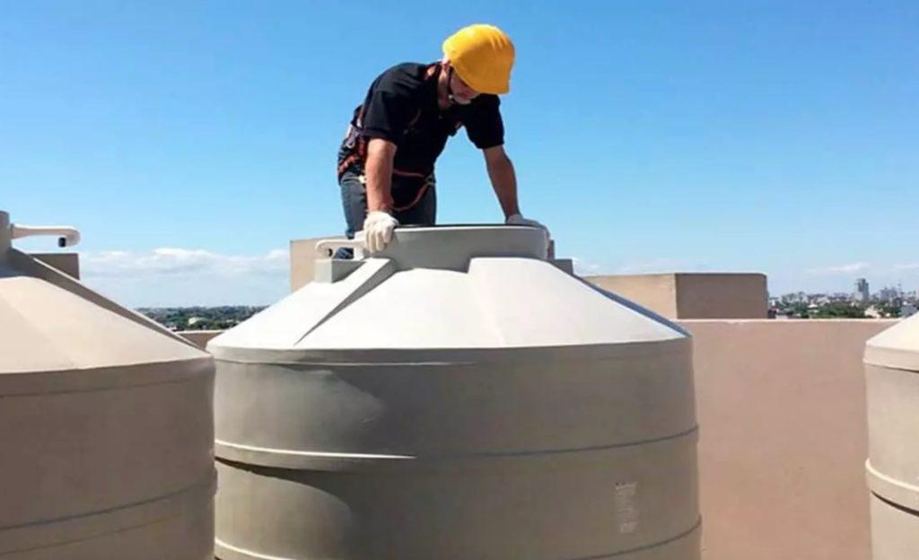 عزل خزانات المياه بالرياض